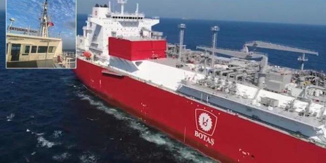 Türkiye'nin ilk yüzer doğal gaz terminaline Türk bayrağı çekildi