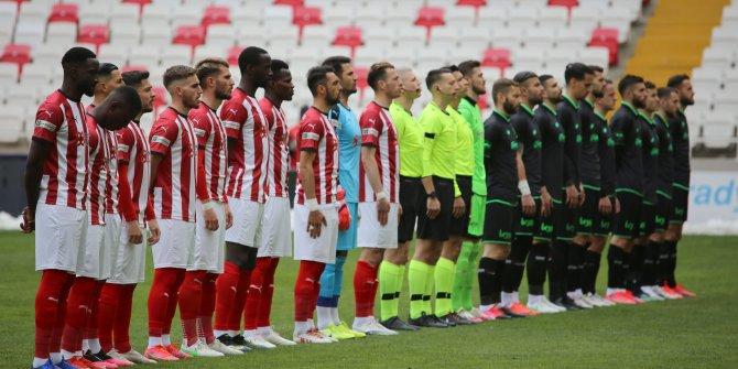 Sivasspor 1-0 Konyaspor | İLK YARI SONUCU