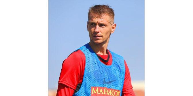 "Kayserisporlu Dimitrios Kolovetsios: ""Kaybetmeden 1 puan almak iyidir"""