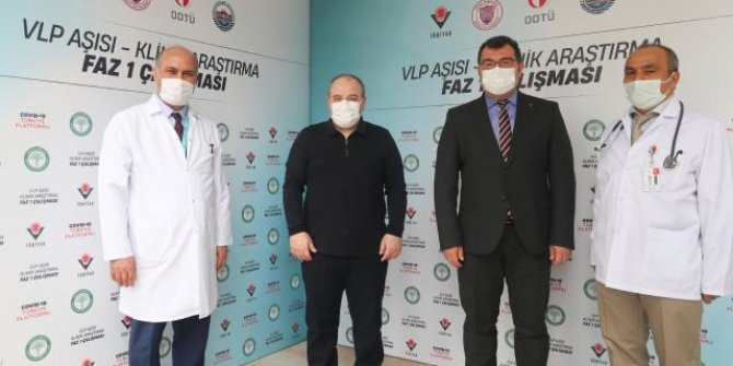 Bakan Varank yerli aşı oldu