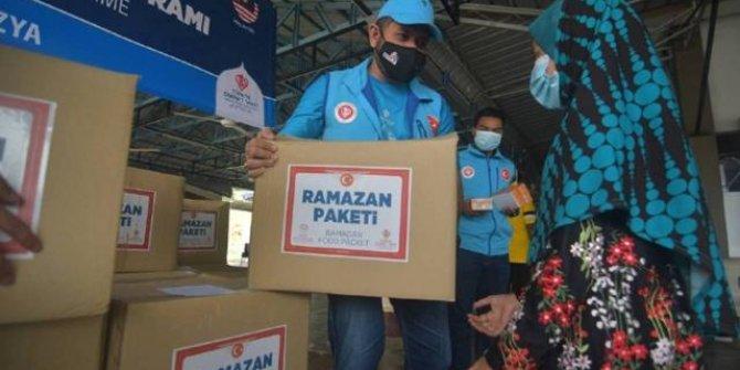 Türkiye'nin yardım eli Malezya'daki ihtiyaç sahiplerine ulaşıyor