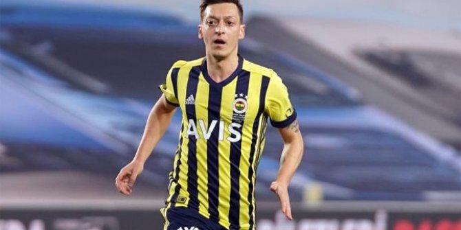 Fenerbahçe yönetimi transfer bombasını patlatıyor! Mesut Özil devreye girdi