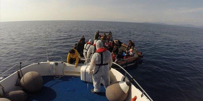 Turska obalna straža u Egejskom moru spasila 113 tražitelja azila