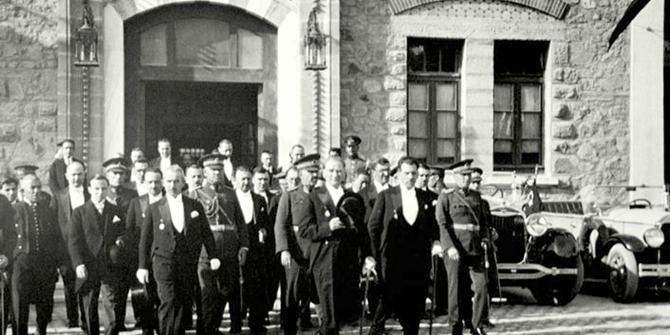1924'te Teşkilat-ı Esasiye Kanunu kabul edildi