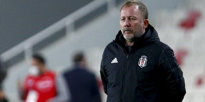 """""""Şampiyonluğun en büyük adayı hala Beşiktaş'tır"""""""