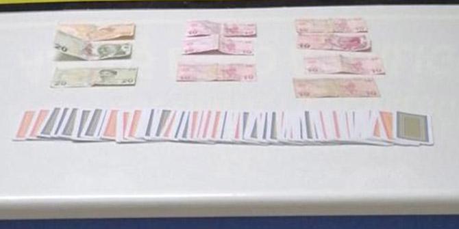 Konya'da evde kumar oynayan 11 kişiye para cezası
