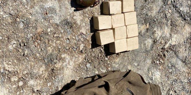 Teröristlere ait el bombası ve EYP düzenekleri bulundu