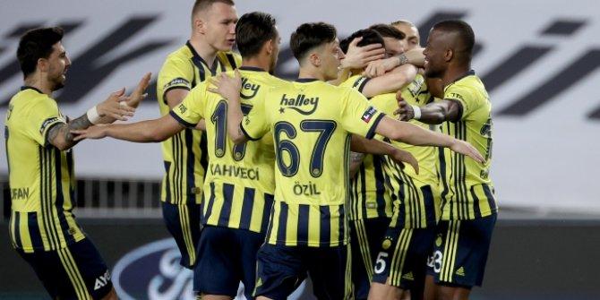 Fenerbahçe yarışı bırakmıyor