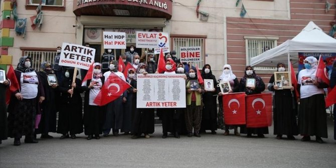 Sit-in families mark another plaintive Mother's Day in SE Turkey