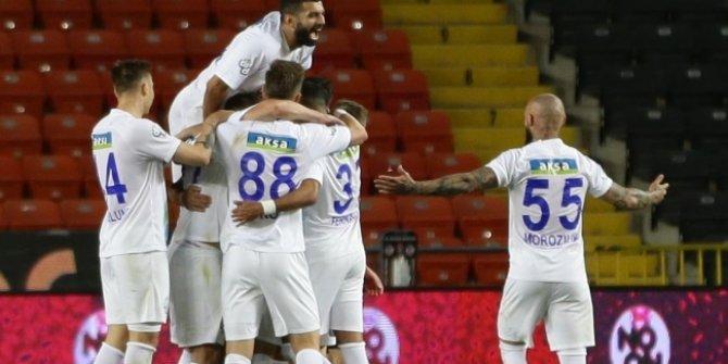 9 gollü maçta kazanan Rizespor