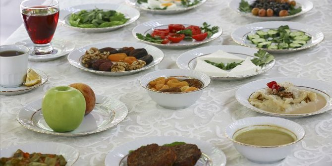 Sağlık Bakanlığı'ndan Ramazan Bayramı'nda sağlıklı beslenme önerileri