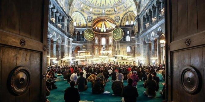 Eid prayer held at Turkey's Hagia Sophia Mosque after 87 years