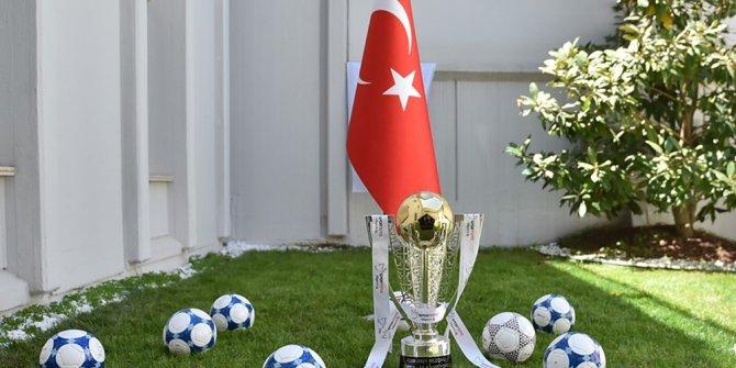 Süper Lig'de şampiyon belli oluyor (Muhtemel 11'ler)