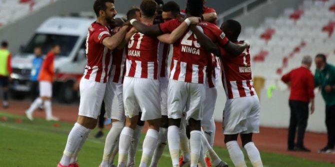 Sivasspor galibiyetle bitirdi