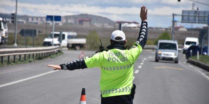 İstanbul'da trafik denetimlerinde 16 bin 601 sürücüye ceza
