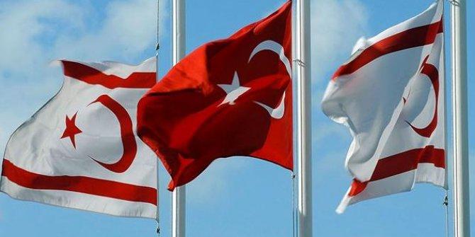 Türkiye'den KKTC'ye gidişlerde eski tip kimlik kartları kullanılamayacak