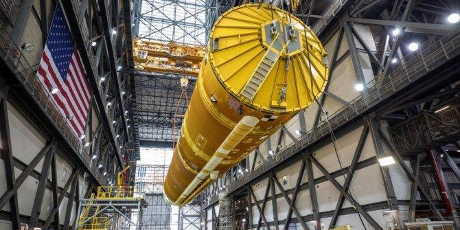 NASA, Ay'a ilk kadını götürecek