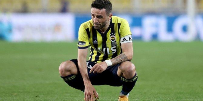 Fenerbahçe'de sağ bek transferi Gökhan Gönül'e bağlı