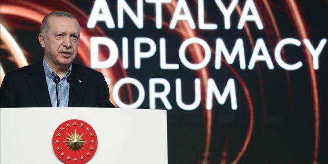 Erdogan na Diplomatskom forumu u Antaliji: Ne dozvoliti nacionalizam u distribuciji vakcina