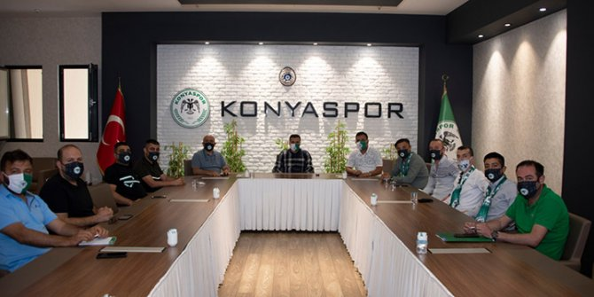 Konyaspor'da Başkan Özgökçen, tribün liderleriyle buluştu