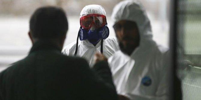 İtalya'da son 24 saatte Kovid-19'dan 44 kişi hayatını kaybetti