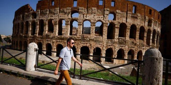 İtalya'da vaka sayıları tırmanışa geçti