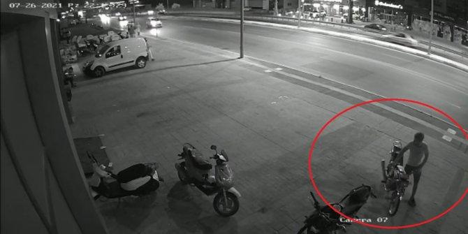 Motosiklet hırsızlığı kamerada