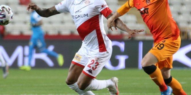 Galatasaray ile Antalyaspor'dan anlamlı hareket