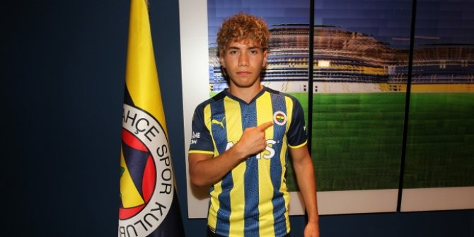 Fenerbahçe, genç sol beki kadrosuna kattı