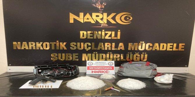 24 bin kişiyi zehirleyecek 2,5 kilo uyuşturucu hoparlör ve bebek bezinden çıktı