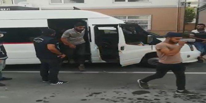 Minibüste 38 kaçak göçmen yakalandı, sürücü tutuklandı