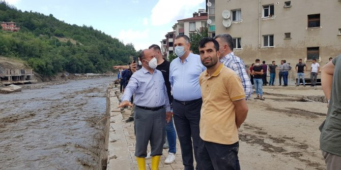 AK Parti Çorum Milletvekili Kavuncu afet bölgesinde