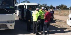 Beyşehir'de okul servis araçları denetlendi