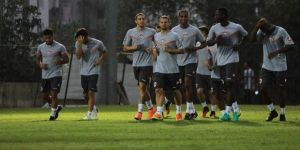 Adanaspor, Bursaspor hazırlıklarına Adana'da devam ediyor
