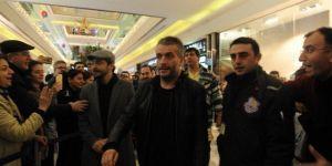 Çalgı Çengi İkimiz oyuncuları Bursalılarla buluştu