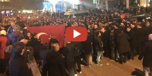 Rotterdam'da nöbetteyiz: Eğilme Türkiye, eğilme reis!