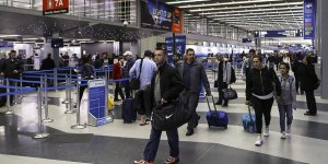 ABD'den Venezuelalı eski bakan ve bakan yardımcısına vize yasağı
