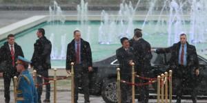Japonya Başbakanı Abe Sırbistan'da