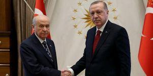 Erdogan communiquera les détails de son entretien avec Bahceli