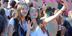 Antalya Da Gencler Okul Oncesi Boya Savasinda Stres Atti