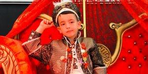 Mustafa Kara'nın oğlu Halis Asaf sünnet oldu