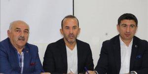 Mehmet Özdilek resmen Erzurumspor'da