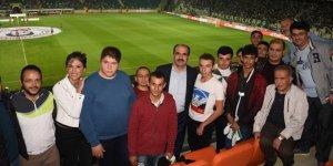 Başkan Altay, özel eğitim öğrencileriyle buluştu