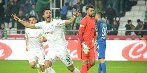 Adis Jahovic için kurban kestiler, ilk maçta 2 gol attı