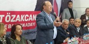 Mesut Özakcan seçim çalışmalarını Yılmazköy'de sürdürdü