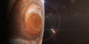 Juno uydusu Jüpiter'in 'Büyük Kırmızı Leke'sini fotoğrafladı
