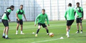 Konyaspor, Başakşehir'e yoğun tempoda hazırlanıyor