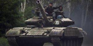 Rusya'da sıcak çatışma! Tanklar sokağa indi
