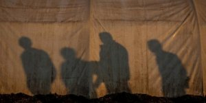 ABD Suriye'deki DEAŞ destekçisi vatandaşlarını teslim aldı