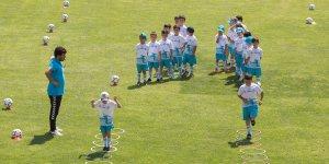 Selçuklu'nun yaz spor okullarına büyük ilgi